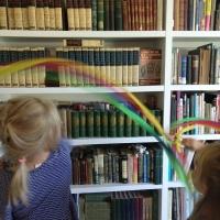 Q-Kids: Hand Kite